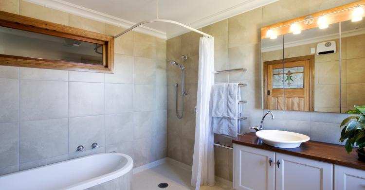 Large ensuite with entry level shower
